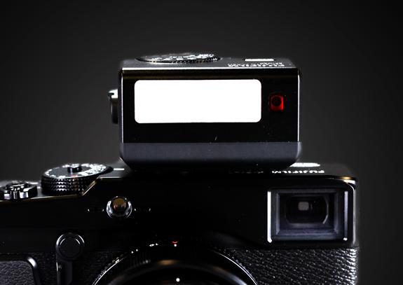 Fujifilm Flash EF-42 TTL per Fuji X100 X10 X-Pro1 X-S1 Originale