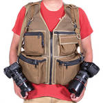 THE VEST GUY M&M Travel Photography X-Large Vest (Coyote-Mesh)