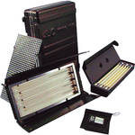 Kino Flo Diva-Lite 401 with Travel & Lamp Cases Kit (230VAC)