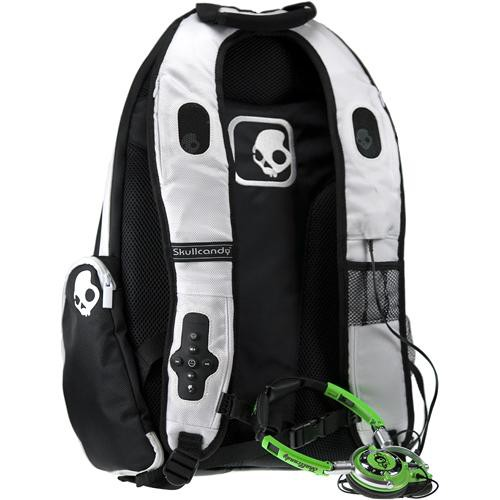 ... skullcandy audio pack backpack for ipod black white ap4 ... 952e5ca2caf67