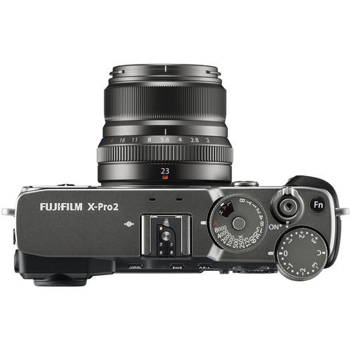 Compare Leica CL vs FUJIFILM X-Pro2 vs FUJIFILM X-E3 vs FUJIFILM X-E2S